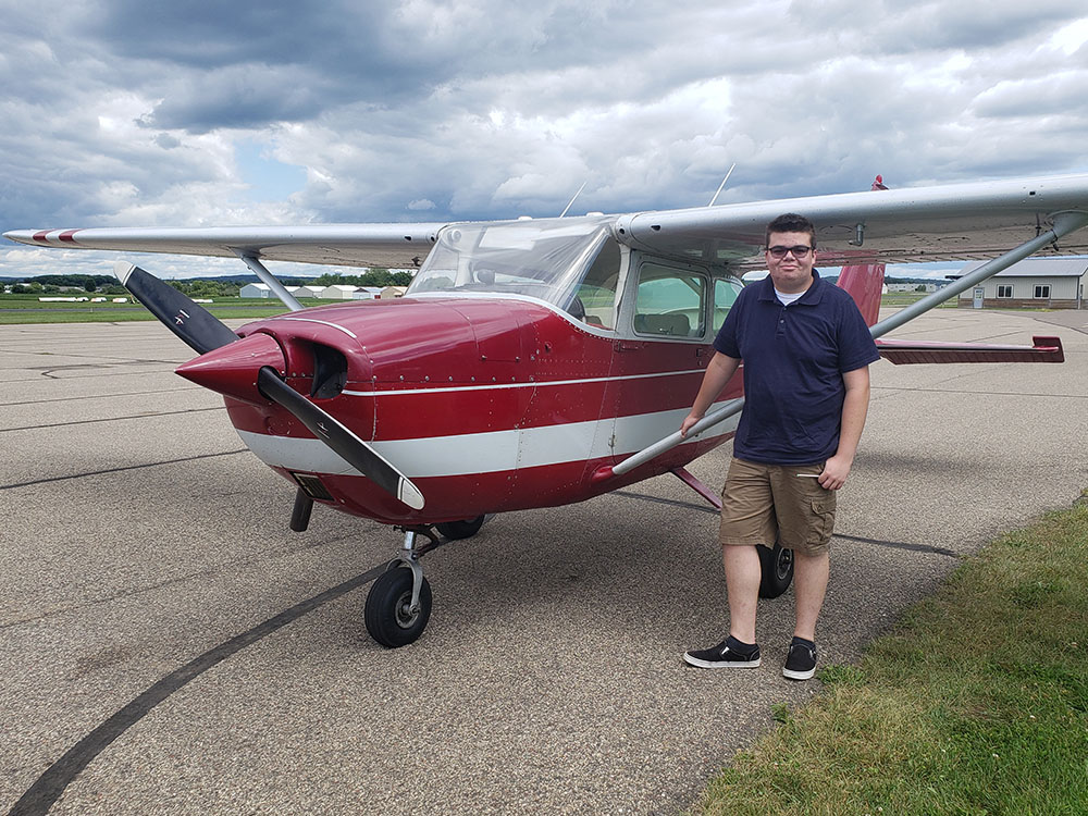 Zach DeLaCruz - Private Pilot